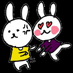 アイドルを応援するウサギ 黄色と紫色担当